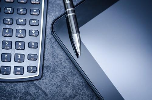 タブレットとペンと電卓