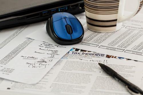 マウスと税金の計算