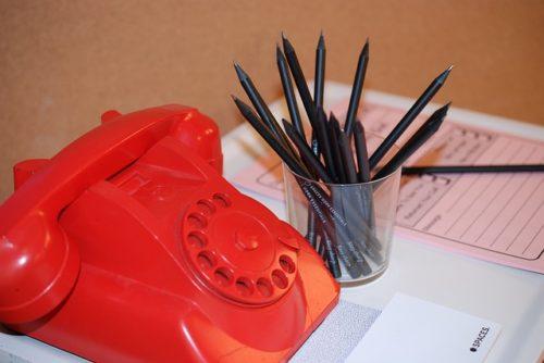 電話と鉛筆